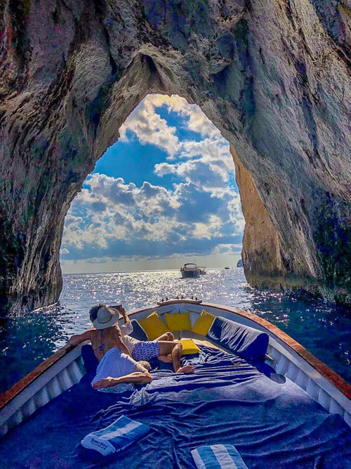Gianni's Boat - Private Boat Tours on Capri, Italy